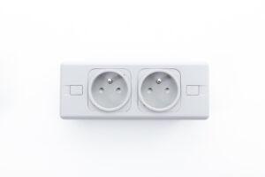 PUMA OE Electrics hvid 2x230V SCHUKO